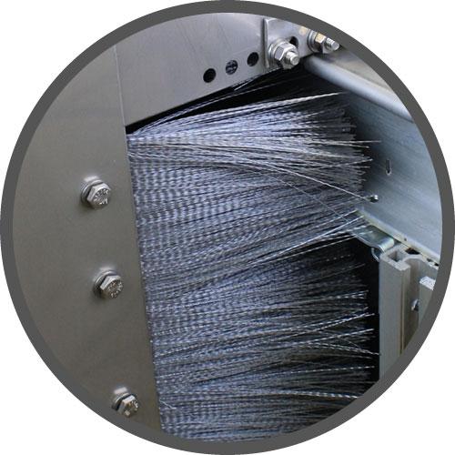 metal lubricator shroud entry with brush